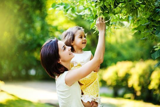 mama majka majčinstvo kći djevojčica