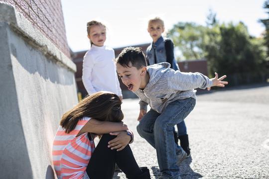 pravila o učiteljima koji se druže s roditeljima što znači upoznavanje s prvom bazom znači upoznavanje