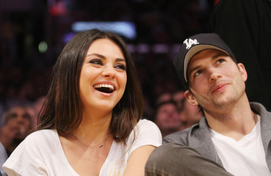 Mila Kunis Ashton Kutcher | Author: KR4/WENN/PIXSELL