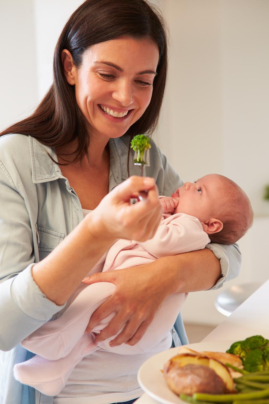 Pitam se kako se beba hrani prije rođenja