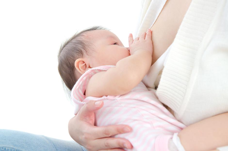 Dojenje bebe | Author: Thinkstock